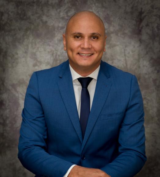 Dr Mohamed Atalla Surgeon